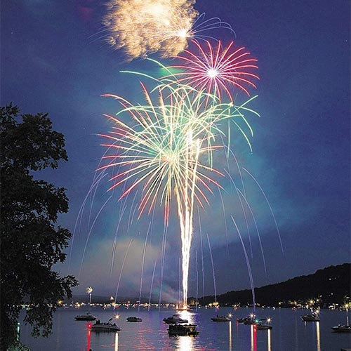 4th of July Celebration Dinner, Twilight Cruise and Fireworks
