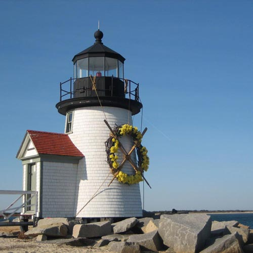 Cape Cod and Nantucket featuring the Daffodil Festival